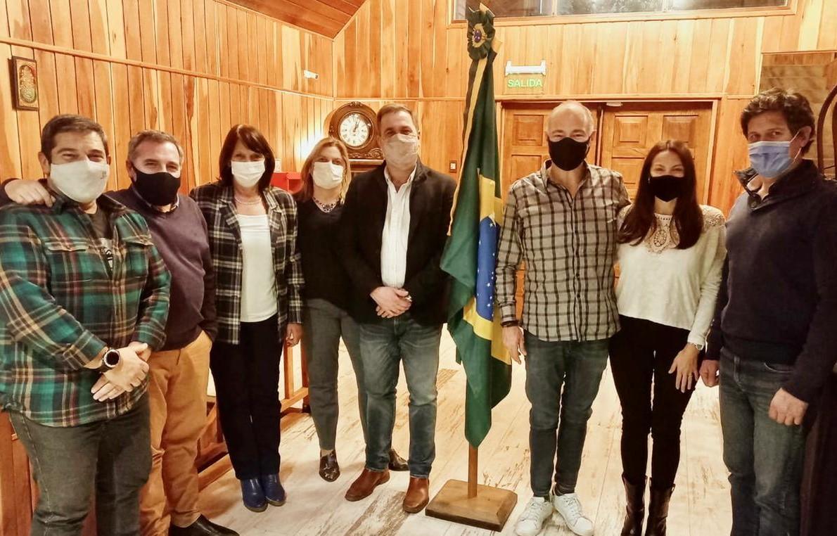 Bariloche: Encuentro del intendente de El Bolsón con el Cónsul Honorario de Brasil