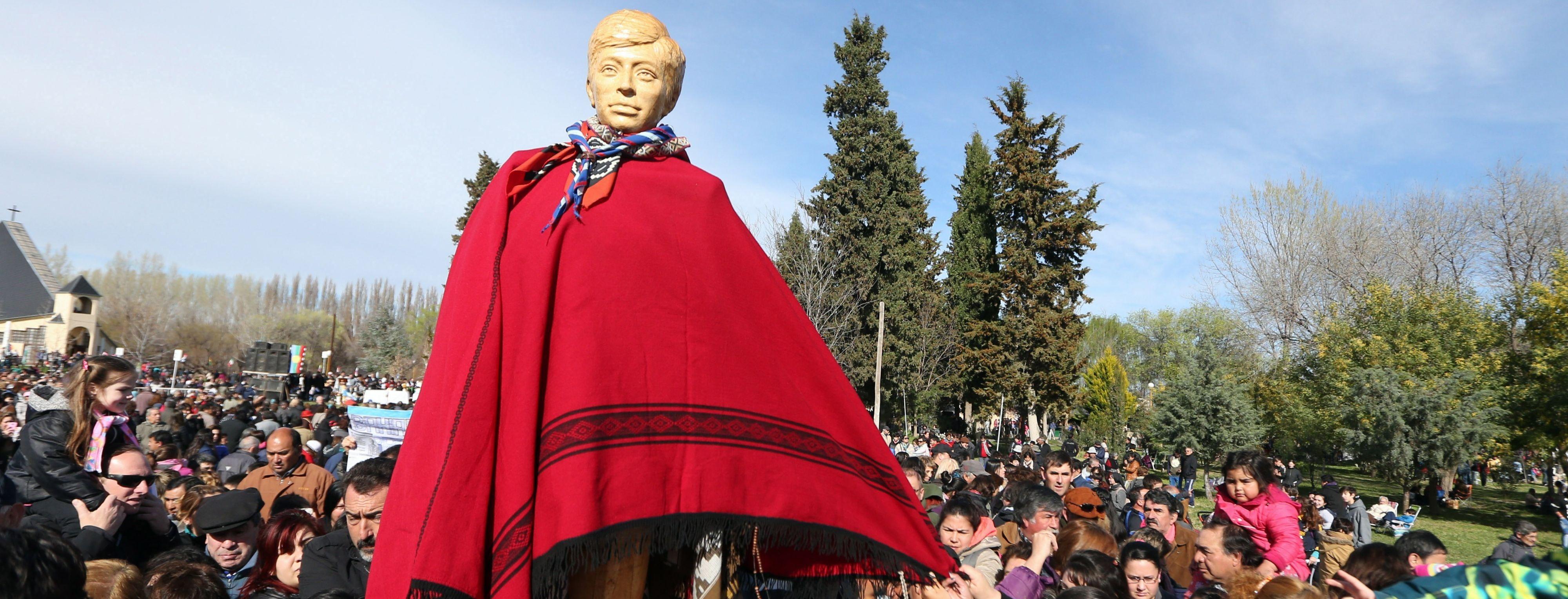El Lirio de la Patagonia: Venerable Ceferino Namuncurá devoción del pueblo