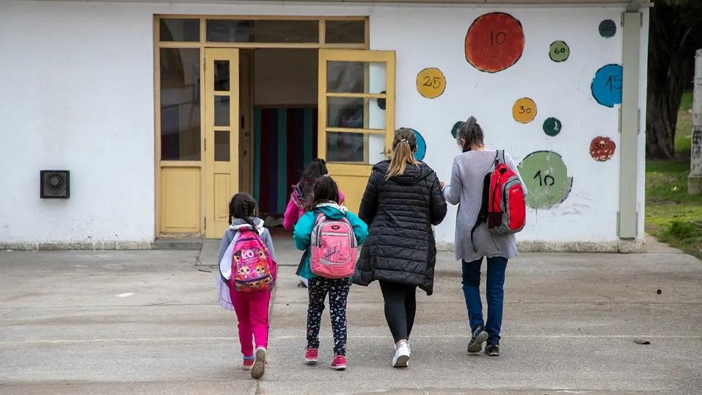 El CPE aprobó el cronograma de retorno gradual a las actividades escolares en Río Negro