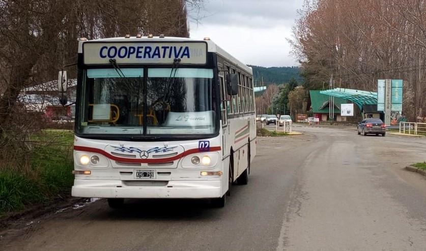 """Nuevo transporte de colectivo urbano en El Bolsón """"Cooperativa"""" de Los Lagos"""